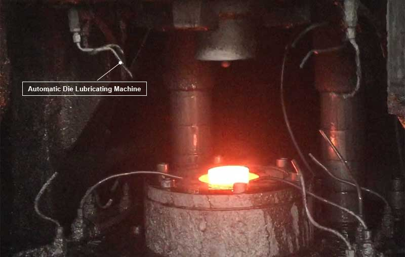 forging die graphite lubricating machine