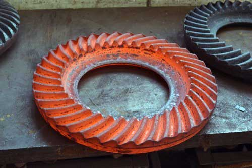 How do they make gears forging process